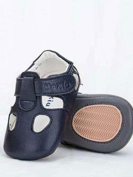 """加盟哈休童鞋品牌,一起向""""�X""""看"""