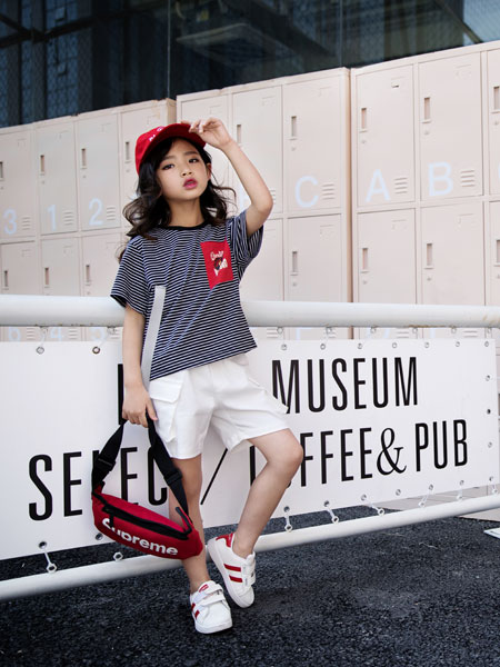 韩米娜风尚童装品牌2019春夏可爱卡通图案条纹t恤上衣女