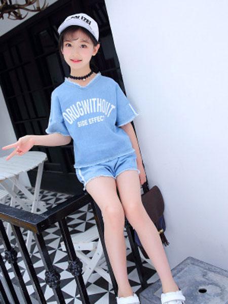 港角童装品牌2019春夏时尚儿童装时髦牛仔短裤两件套潮衣
