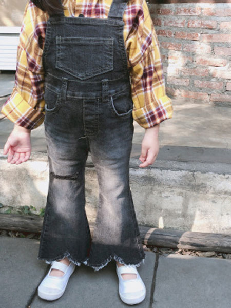 末小蒙童装品牌2019春夏喇叭背带牛仔裤长裤