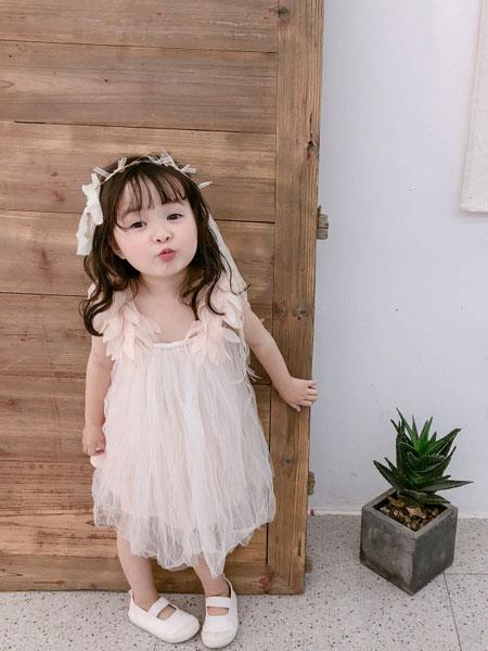 末小蒙童装品牌2019春夏网纱仙气连衣裙