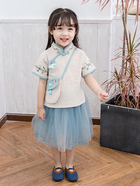 光辰童装品牌2019春夏复古领唐装背包汉服纱裙装