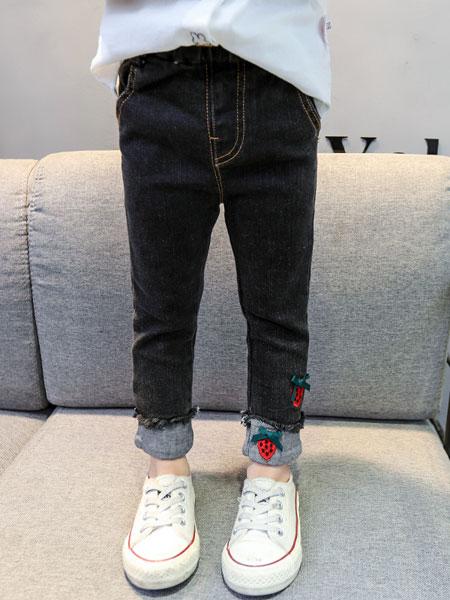 嗨米嗨乐童品童装品牌2019春夏草莓绣花纯棉卷边牛仔小脚裤
