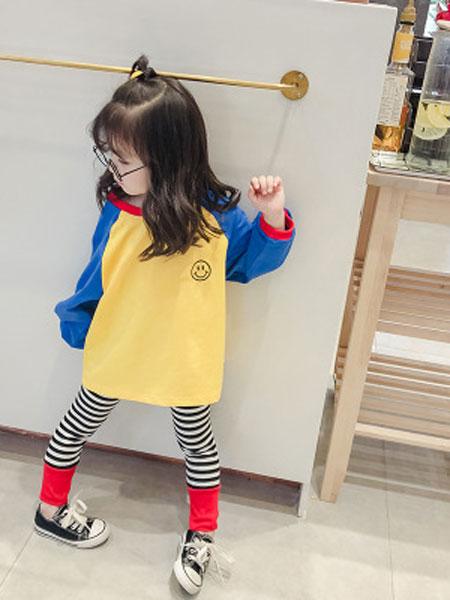 蓝色小镇童装品牌2019春夏卫衣+条纹打底裤