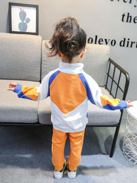 瑞业童装品牌2019春夏格子背带裙两件套