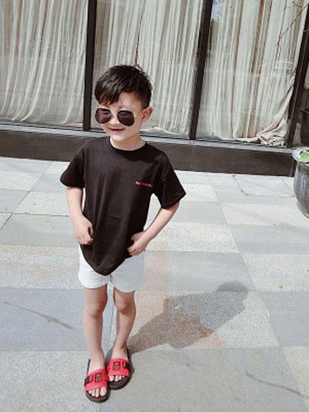 语含贸易童装品牌2019春夏个性印花纯棉短袖t