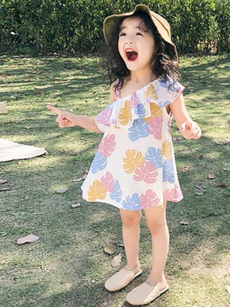 哆哈哈童装品牌2019春夏单肩树叶印花荷叶边连衣裙