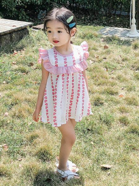 哆哈哈童装品牌2019春夏大荷叶边爱心印花连衣裙