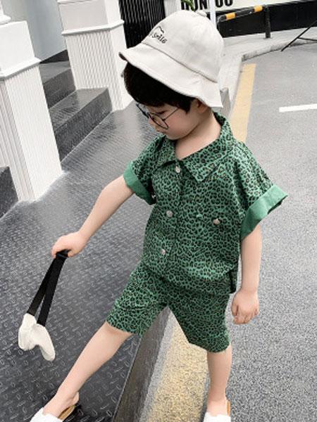 舒杨童装童装品牌2019春夏豹纹工装