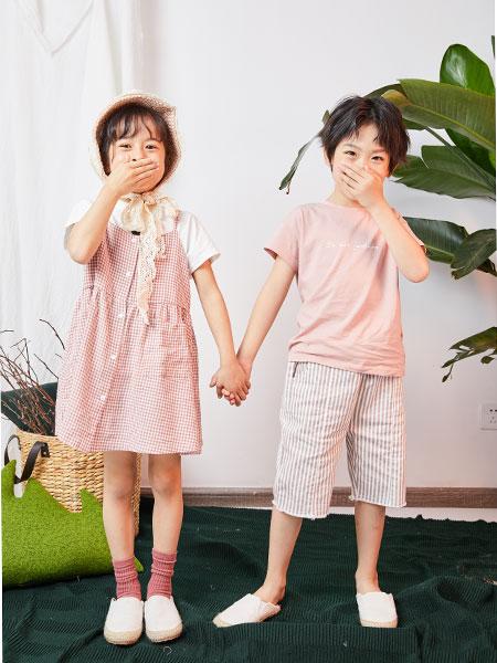 DC童装童装品牌2019春夏格子连衣裙