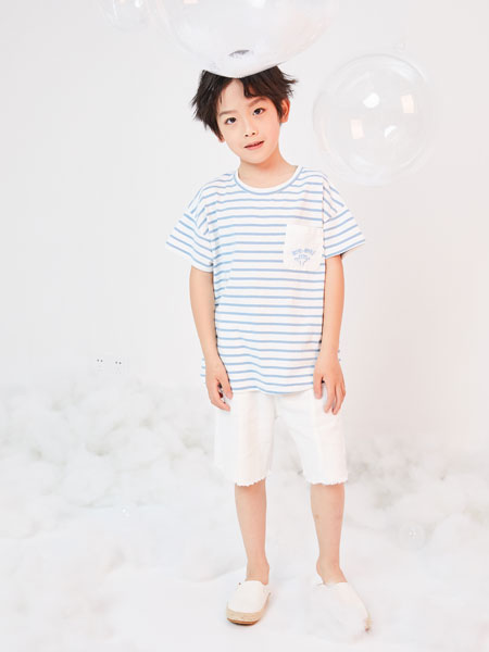 DC童装童装品牌2019春夏圆领条纹上衣