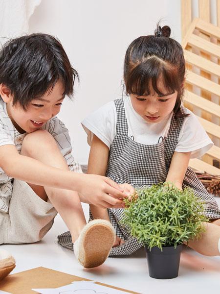 DC童装童装品牌2019春夏格子吊带连衣裙