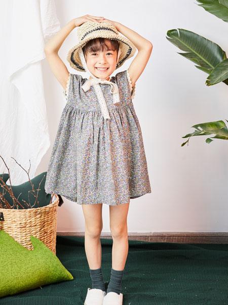 DC童装童装品牌2019春夏时尚印花连衣裙