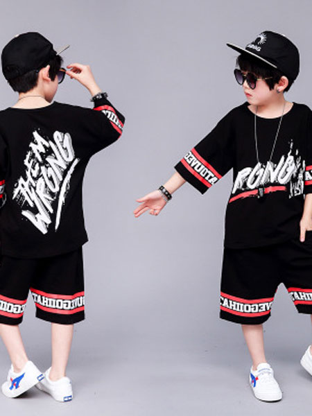 爱尔骏妮、小小树童装品牌2019春夏韩版宽松短袖运动舞蹈服