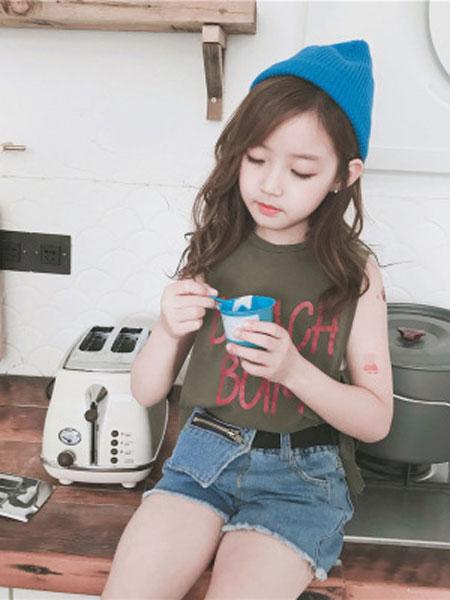 李纯童装品牌2019春夏韩版抹胸加背心两件套