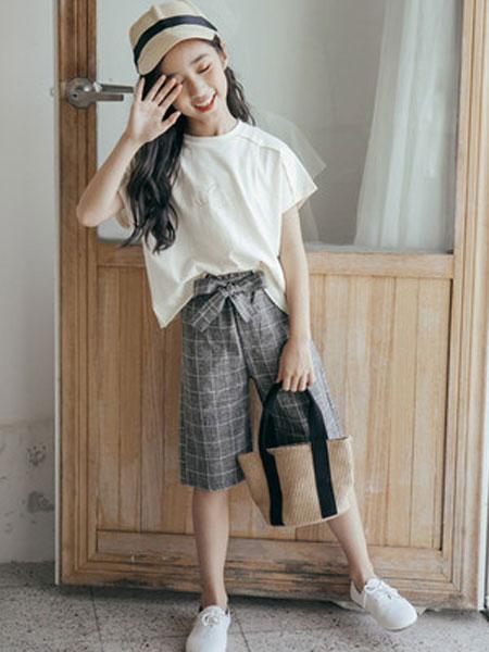 honeecool童装品牌2019春夏短袖格子短裤两件套