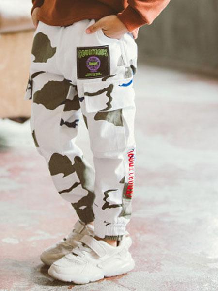 浩恩童装品牌2019春夏运动工装裤哈伦迷彩裤