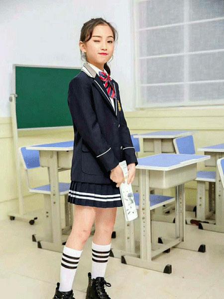 爱布谷 致力于打造国际化的校服品牌