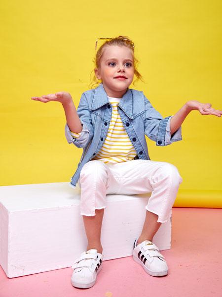 小鲨诺拉童装品牌,简约不失可爱,