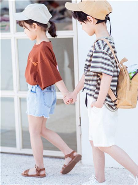 花田彩,丫噜丫噜、大c童装品牌2019春夏条纹时尚T恤