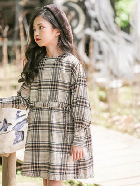 抱抱哦童装品牌2019春季时尚洋气连衣裙