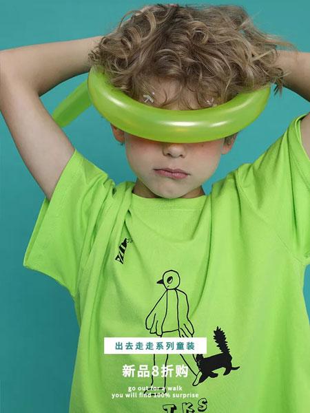 塔卡沙TYAKASHA KIDS童装品牌2019春夏宽松抽象小猫插画荧光绿短袖T恤
