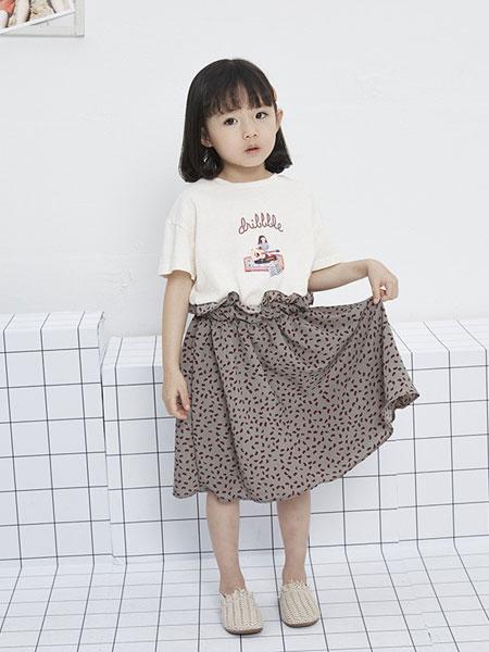 马沫含Mamohan童装品牌2019春夏宽松中长款短袖圆领上衣