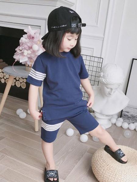 大M/CI童装品牌2019春夏新款四条杠透气凉爽冰丝套头短袖上衣