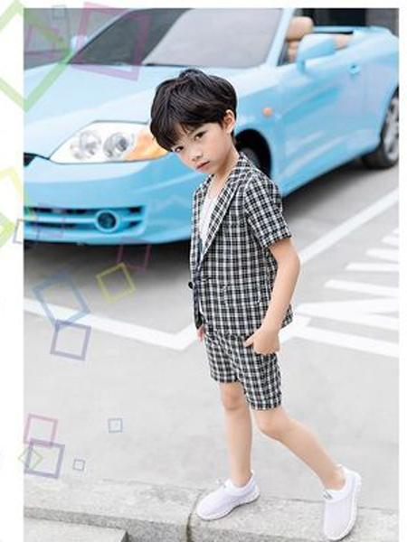 明星潮童童装品牌2019春夏新款小西装套装走秀表演服宝宝短袖礼服韩版西服