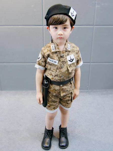 明星潮童童装品牌2019春夏新款时尚特种兵迷彩服