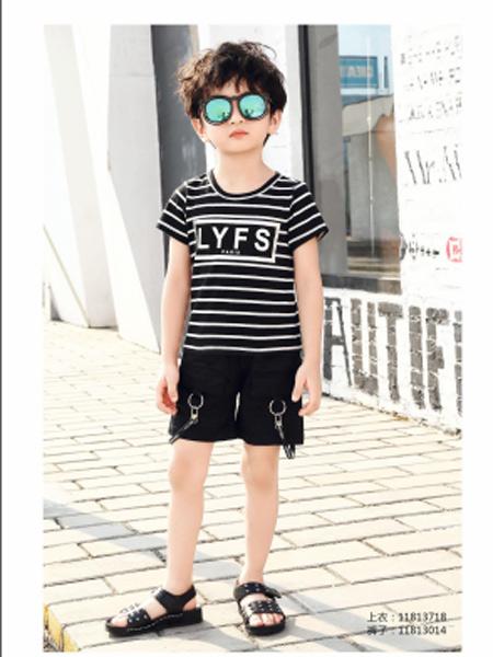 甜蜜小屋童装品牌2019春夏新款时尚拼色条纹字母短袖T恤