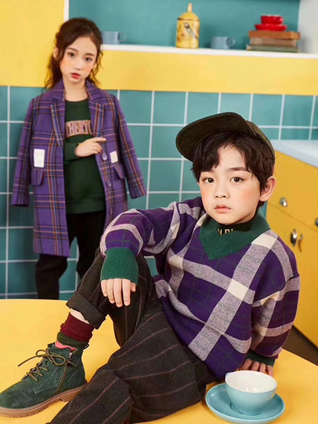 世纪龙童品童装品牌2019秋百搭条纹圆领针织套头儿童毛衣