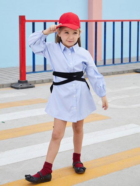 摩乐豆童装品牌2019秋季拼接长袖翻领浅蓝色连衣裙