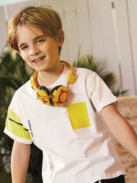 加盟杰米熊童装品牌,开小朋友喜爱的童装专卖店