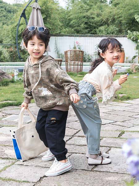 木朵爸爸童装品牌2019秋季新款套头款加厚加绒儿童卫衣