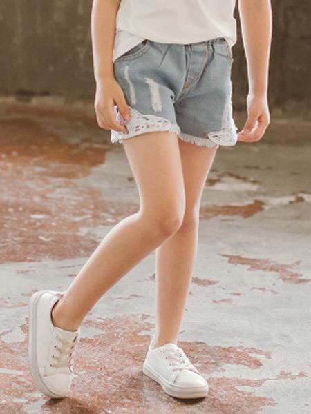 梵曦童装品牌2019春夏新款韩版百搭休闲松紧腰显瘦花边破洞牛仔短裤