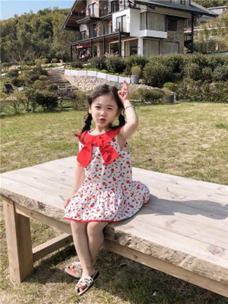 琪炫童装品牌2019春夏新款韩版时尚无袖公主裙