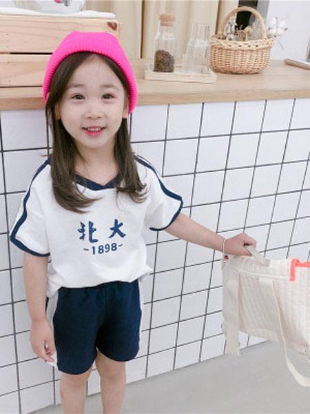 琪炫童装品牌2019春夏新款时尚短袖T恤+短裤两件套