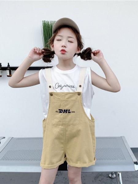 木口羊童装品牌2019春夏新款韩版纯色背带裤洋气绣花双按扣背带短裤