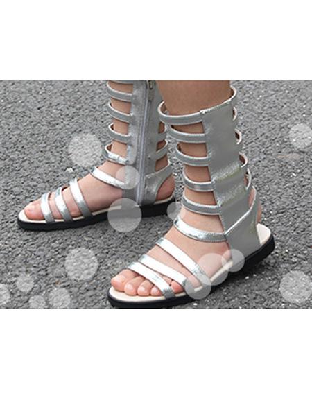 沙���u童鞋品牌     �r�@三��老家夥好像有�c不配合尚��性的�O�