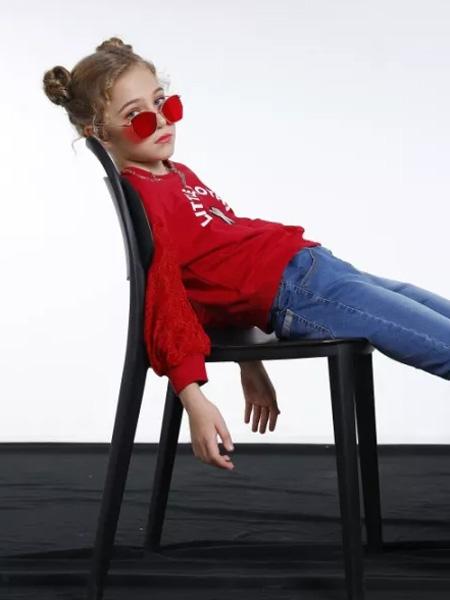 季季乐童装品牌邀您开创童装加盟之路!