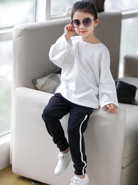 快乐精灵童装品牌2019秋冬新款韩版宽松纯棉休闲套装