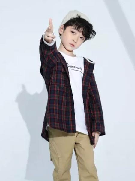 兔子杰罗童装品牌2019秋季新款时尚韩版文艺撞色长袖外套
