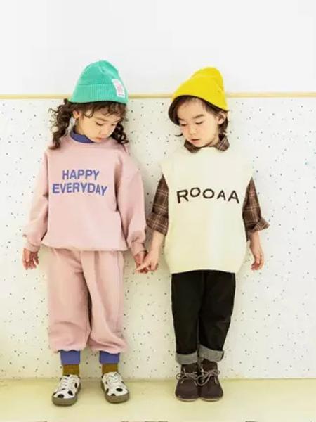 田果果童装品牌2019秋季新款韩版文艺范小清新宽松百搭字母印花卫衣