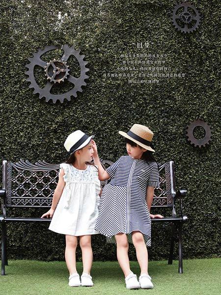 佐米熊童装品牌新款气质修身显瘦复古条纹雪纺连衣裙