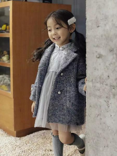 大头儿子和小头爸爸童装品牌2019秋季新款韩版百搭纯色优雅中长款外套