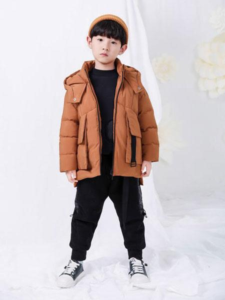 宠来宠趣童装品牌为宝宝搭配一身时尚的造型