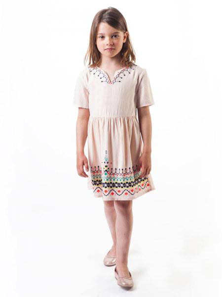Carrément Beau童装品牌2019春夏新款优雅气质刺绣花卉连衣裙