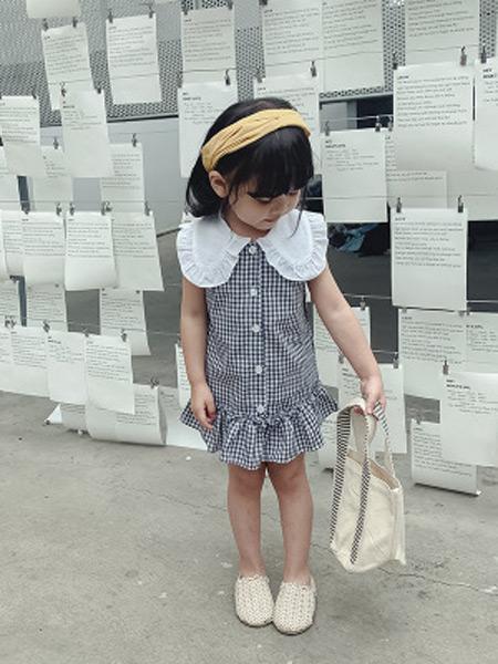 枫烨童装品牌2019春夏新款韩版公主棉麻衬衫荷叶领裙衫