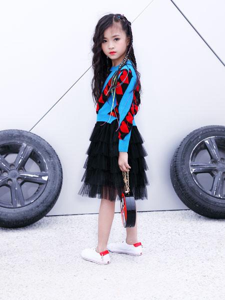 欧米源童装品牌2019秋冬长袖心形印花毛衣短裙中大童